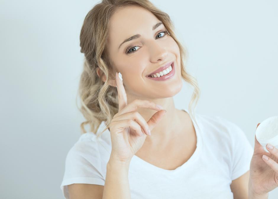¿Cómo reparar tu piel dañada después del verano y prepararla para el cambio de estación?